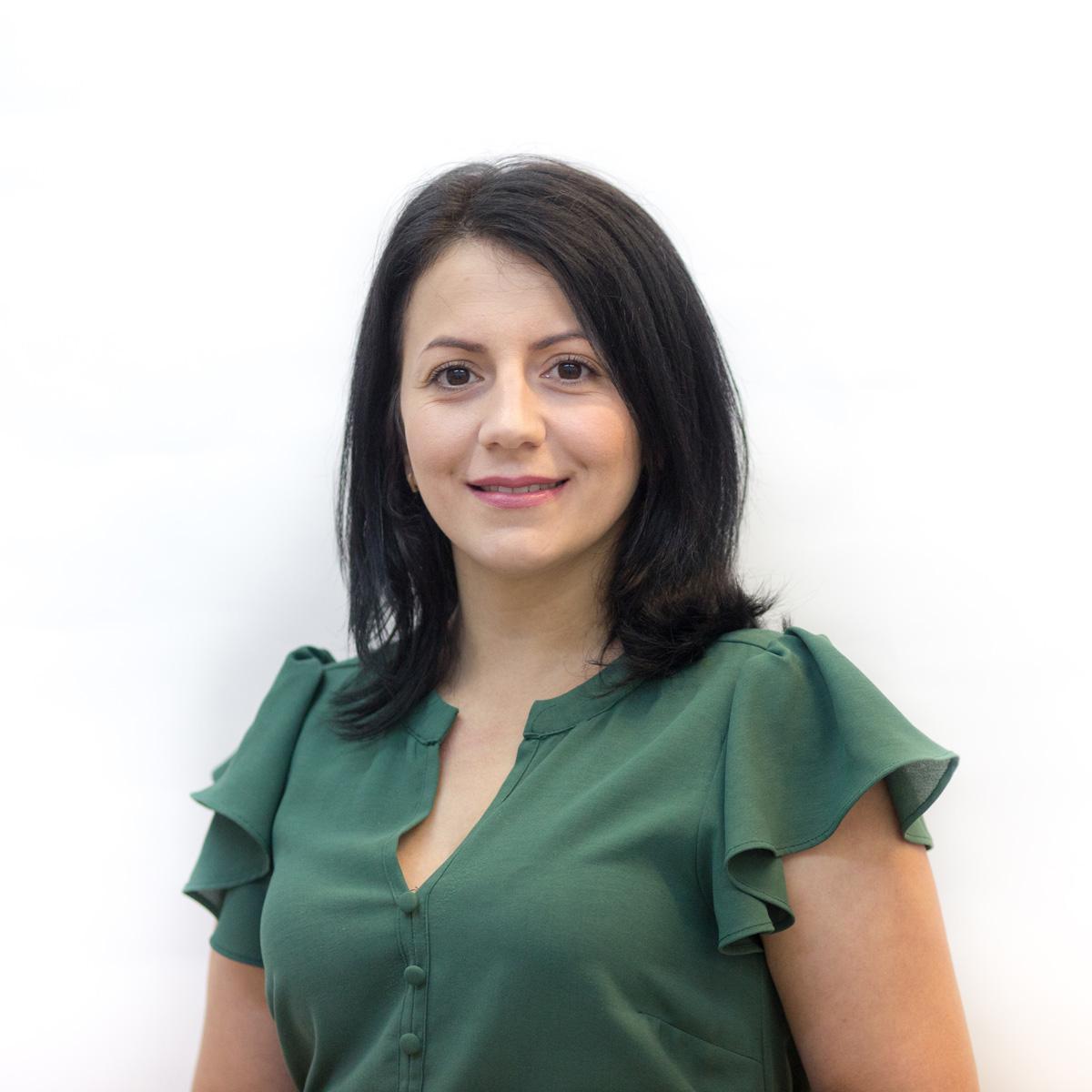 l_Adriana-Balsanu-Help-Autism-1597090167